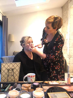 Atelier filles, cours de maquillage entre amie