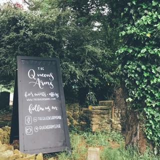 The Queens Arms - Corton Denham