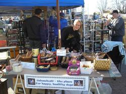 unleashed flea market amy and vixen