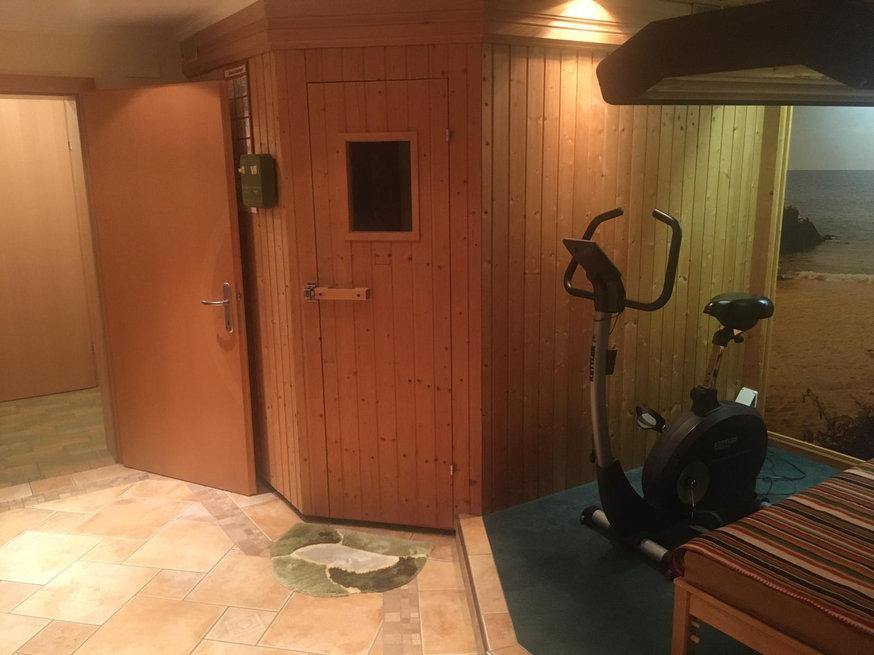 Sauna und Solarium