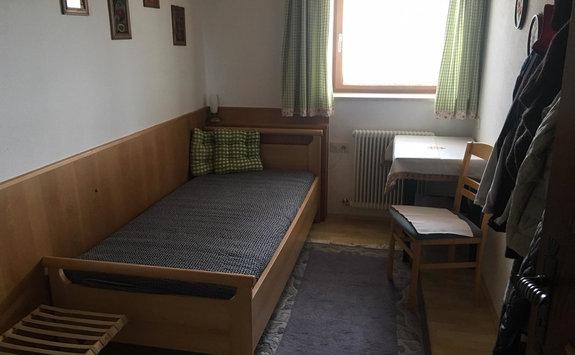 Einbett Schlafzimmer EG