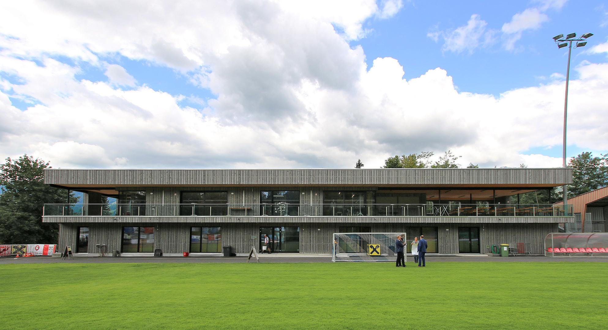 SportanlageBuergerau_GemSaalfelden_Außen