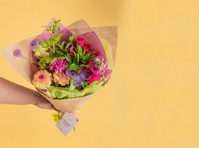 Small Bouquet Holding copy.png