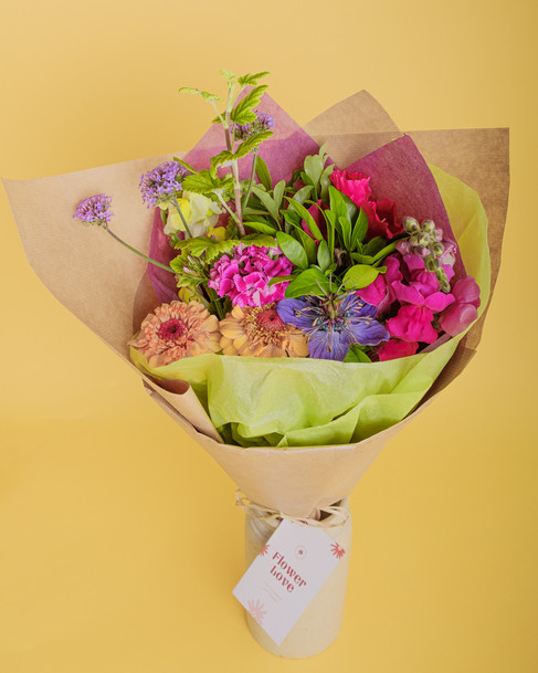 Small Bouquet in vase option 1.jpg