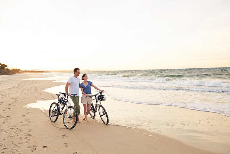 byron-bay-main-beach-aloha-byron=bay-courtesy-tourism-australia