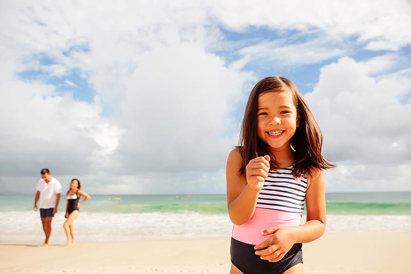 family-time-byron-bay-main-beach-aloha-courtesy-destination-nsw