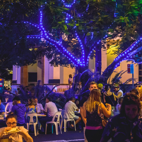 night-lights-eat-the-street-lismore-cred