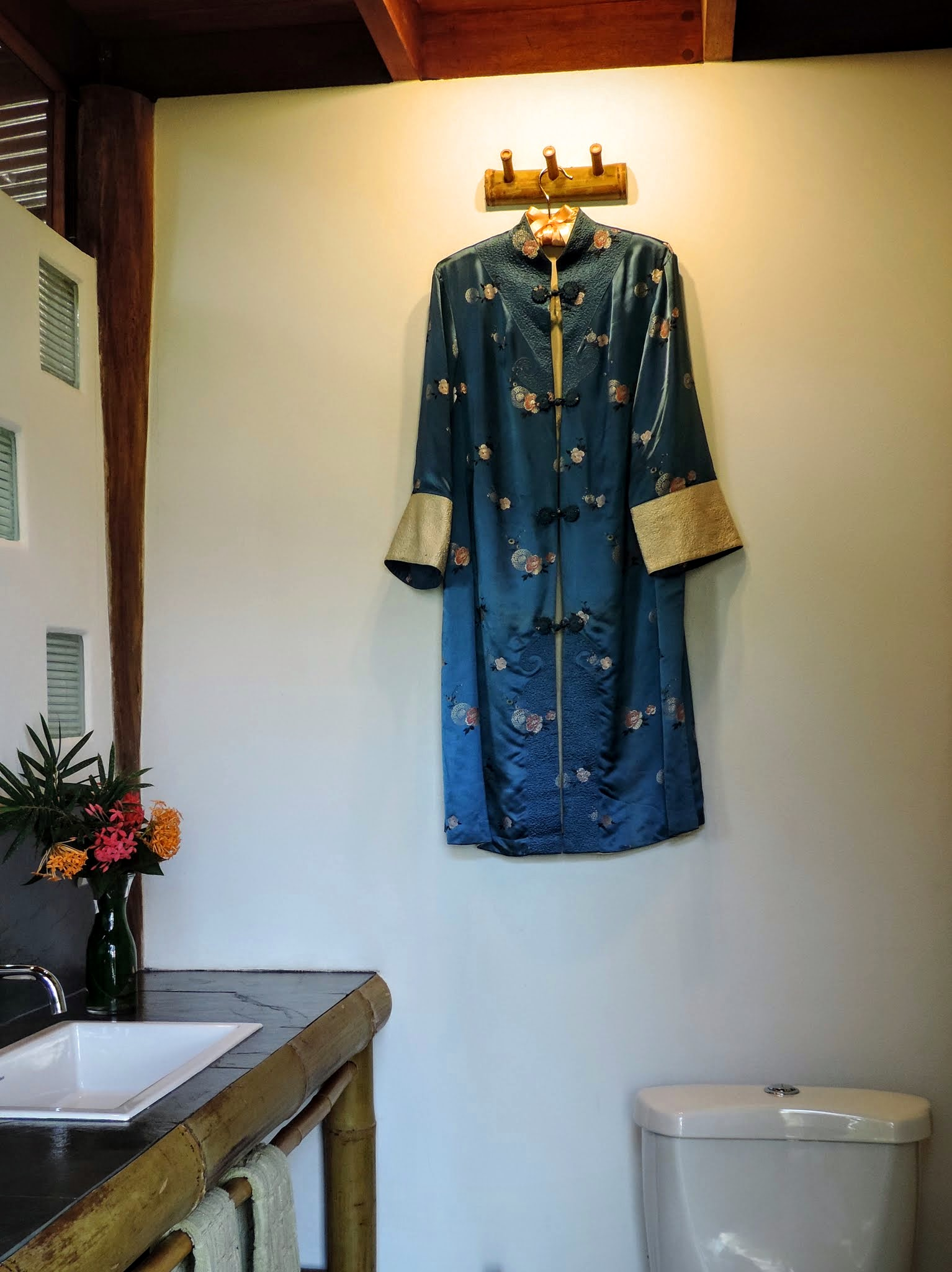 Detail - shared bathroom