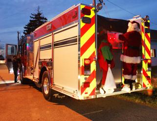 Christmas Spirit fills the National Home Community