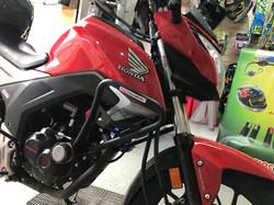 Defensa Honda CB160F