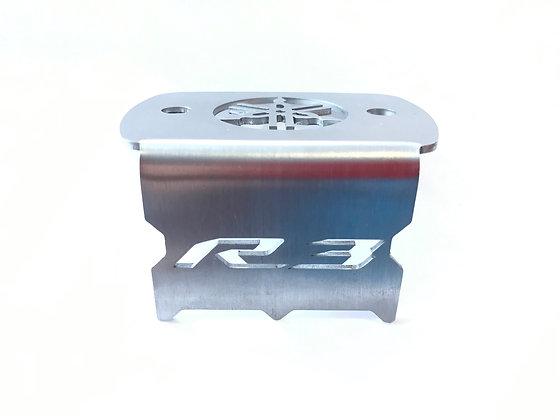 Protector bomba freno delantero Yamaha R3