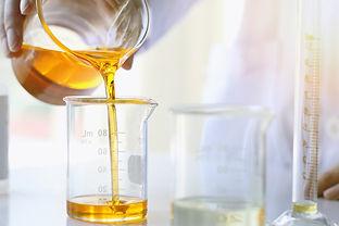Oil pouring, Equipment and science exper