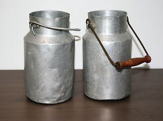 Location décoration, objets mariage pots de lait