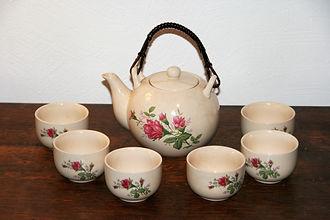 Location décoration, objets mariage service à thé
