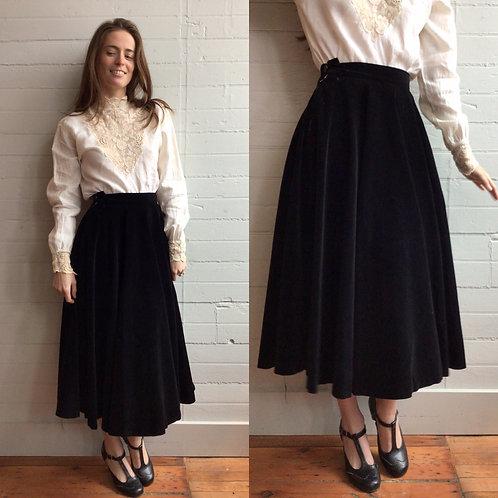 1950s Black Velvet Circle Skirt - Small