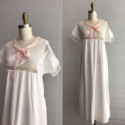 10s / 20s Night Gown with Pink Ribbon - Medium / Large