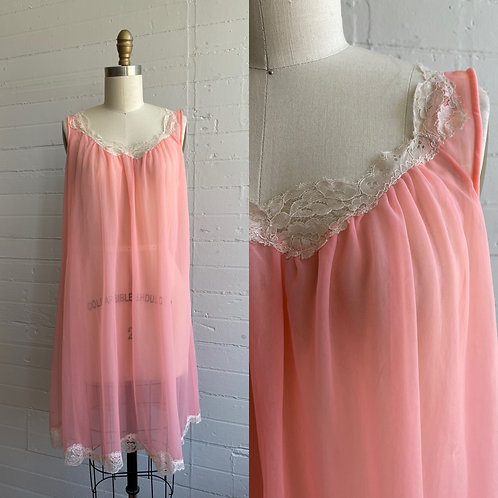 1960s Baby Doll Peach Nylon Slip