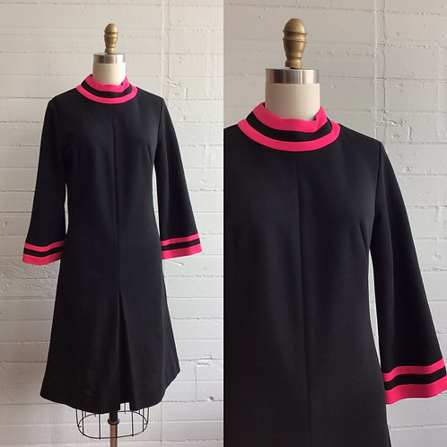 1970s Black and Pink Shift Dress - Medium