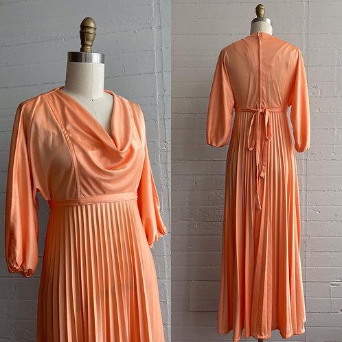 1970s Peach Empire Waist Maxi Dress - Xsmall