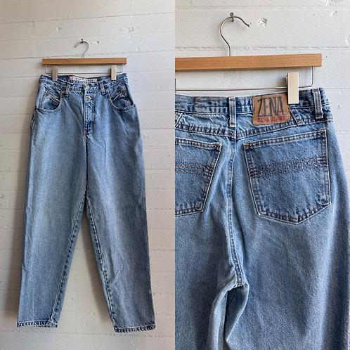 1990s Light Wash Mom Jean - Medium / Large