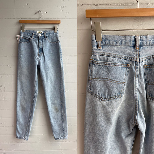 "1980s Light Wash Jeans - 26"" Waist"