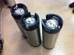 Topping kegs