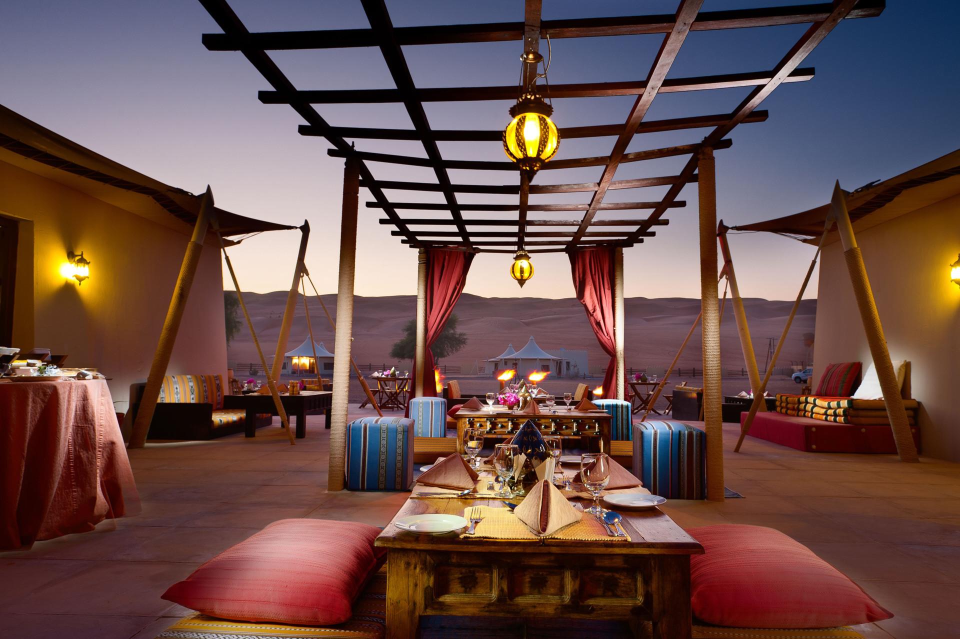 20383-desert-nights-camp-al-wasil-oman-open-air-dinin-crop
