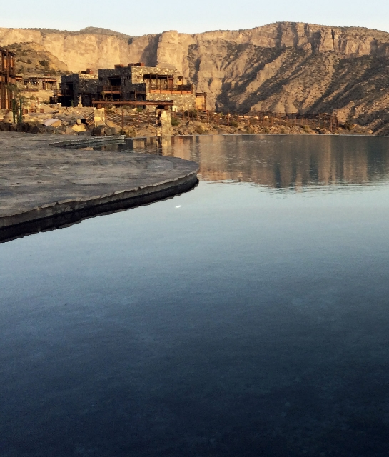 alila-jabal-akhdar-pool-mountain-view