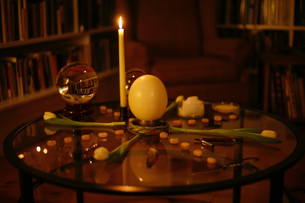 with/in herbals Midwinter Altar © Danielle Vogel