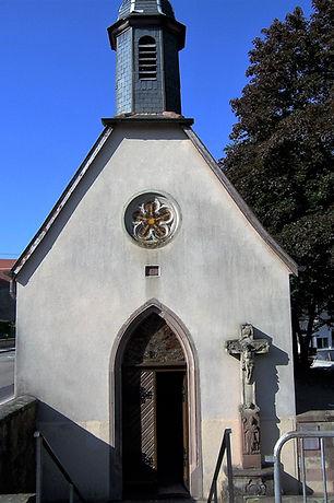 1-chapelle__de_1505_rénovée_en_1986_.__B