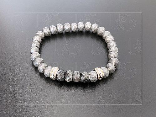 Pulsera piedras naturales, resina y argollas de plata fina .925