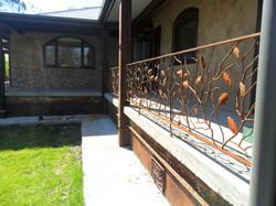 Acorn balustrade