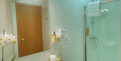 18 Suite Glicinia WC - Cópia - Cópia.JPG