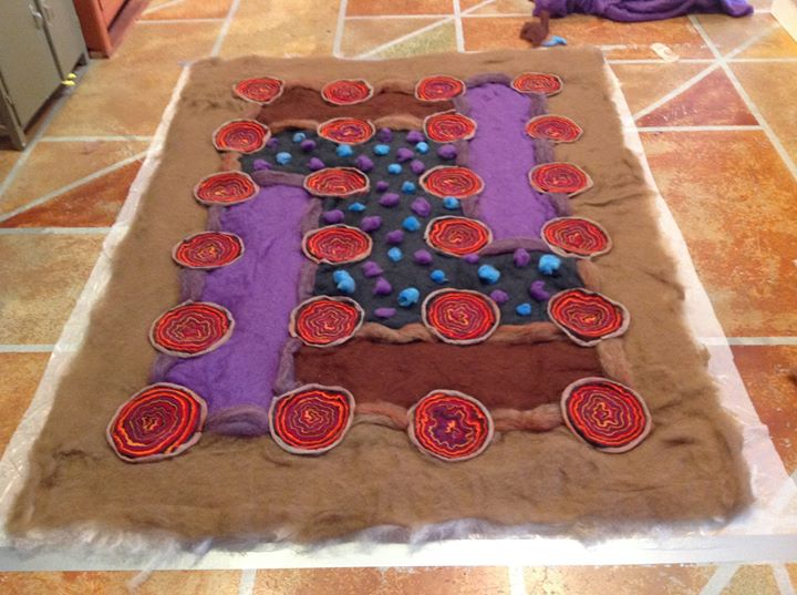 How to design a felted rug