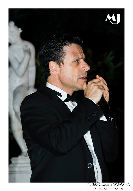Max Jacchetti the italian Swing Jazz Love Songs Crooner for Luxury and important Events