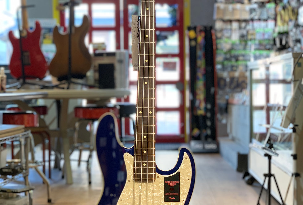 Fender MODERN Jazz Bass