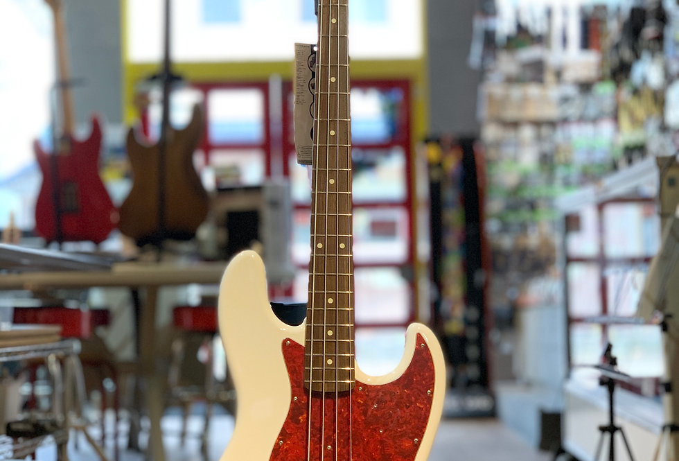 Fender Hybrid 60s Jazz Bass