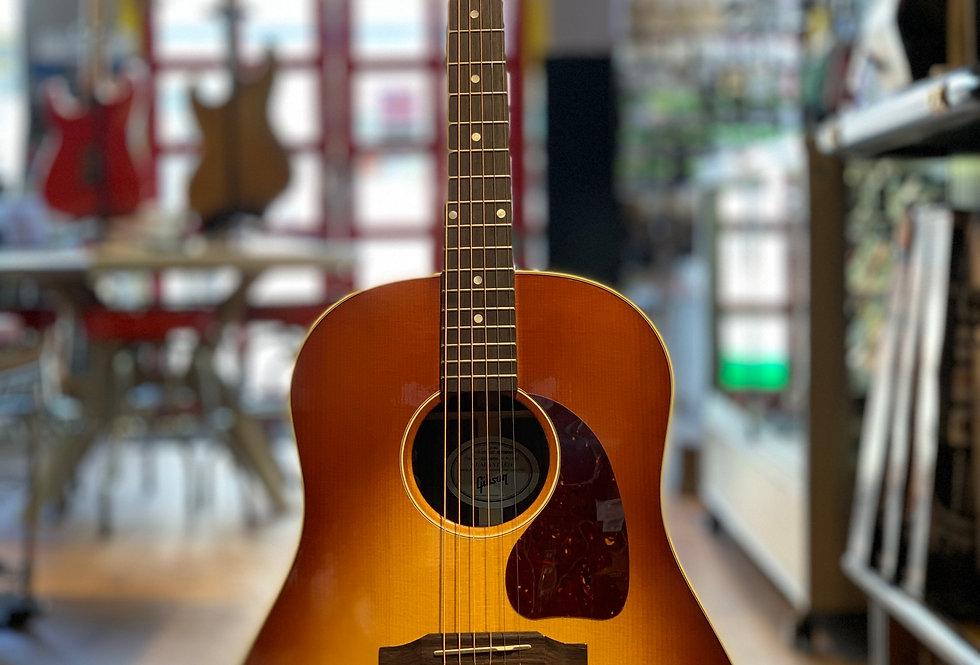 Gibson J-45 Studio