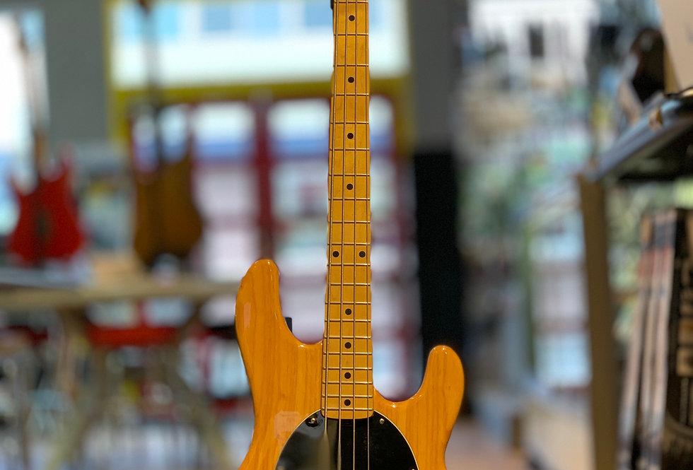 【長期店頭展示特価】MUSIC MAN Sting Ray NT
