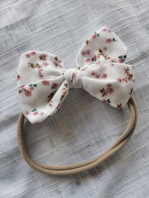 White Daisy Bow