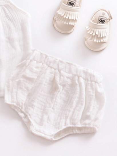 Baby Shorts - White. Cotton. (Shoes not included)