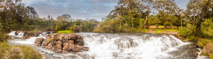 AUWAMR1-Margaret-River-Falls.jpg