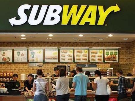 Subway es acusado por no dar atún en su sándwich