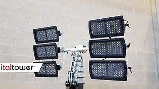 Torre faro Basetower con 6 fari LED
