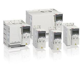 Gamma invrter di frequenza disponibili per controllo motori e pompe