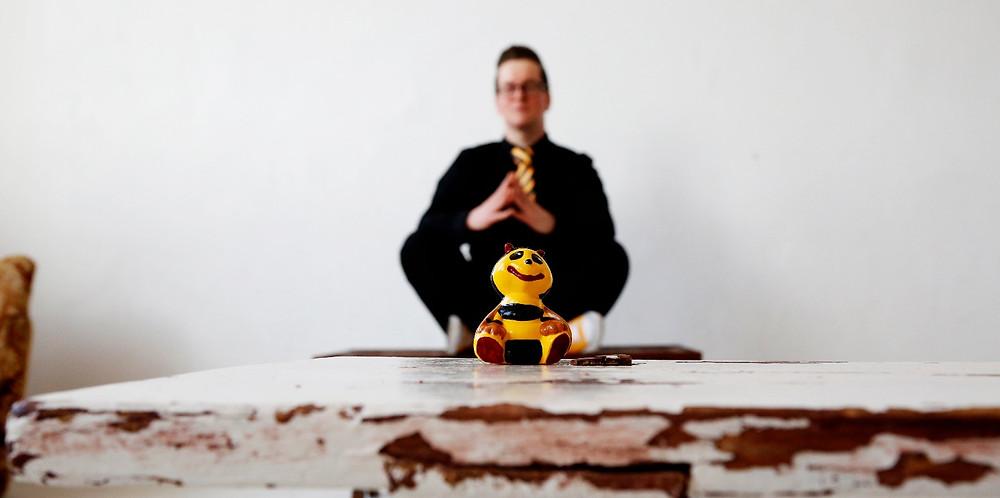 Zap-O! meditiert sich in die Zukunft seiner Band The New Hornets