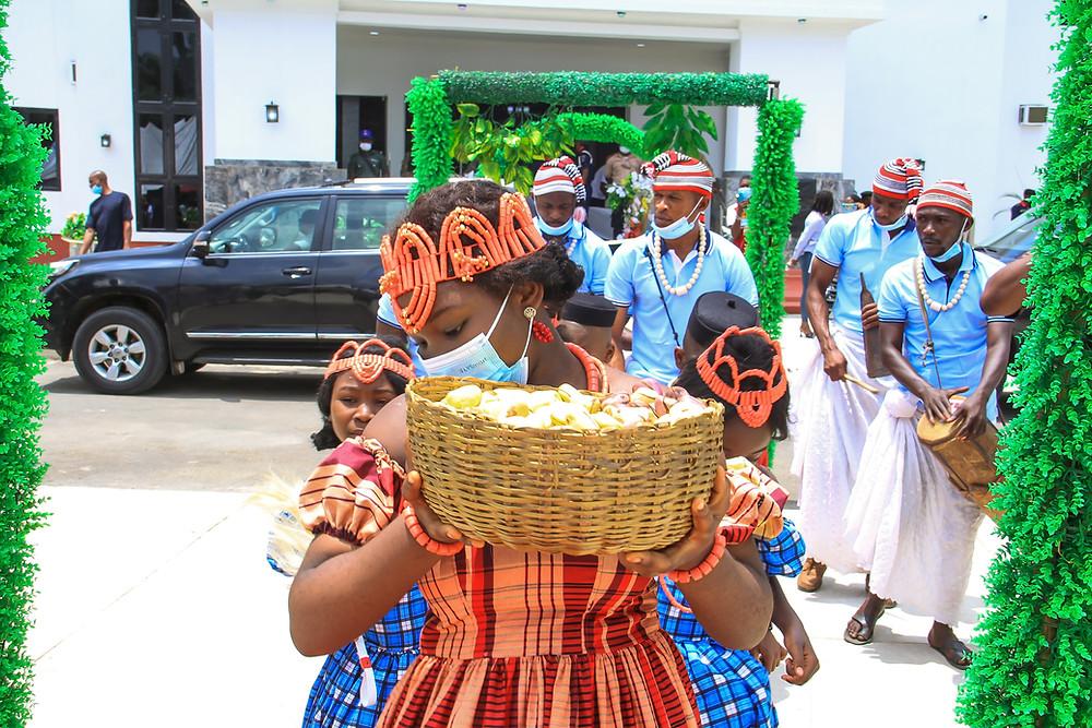 kola nuts, nigerian culture, nigerian gifts, traditional nigerian