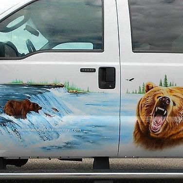 Alpine Wildlife Taxidermy Truck