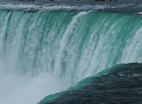 Niagara Falls (4/12)