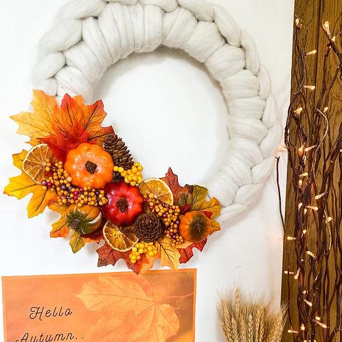 Merino Chunky Knitted Autumn Wreath
